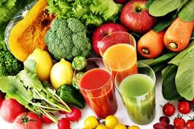 Votre santé par les jus  frais de légumes et de fruits.