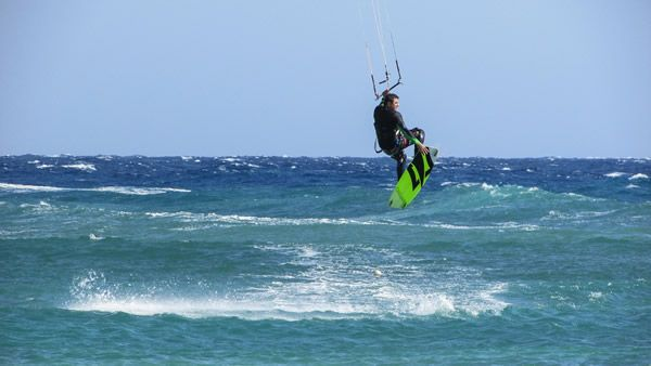 Le kitesurf, un sport tendance chez les hommes