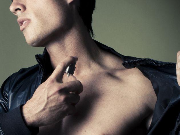98% des hommes se parfument. Pourquoi et comment se mettre du parfum.